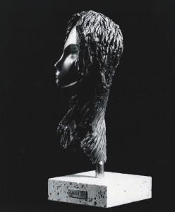 Vergine. Bronzo 1979